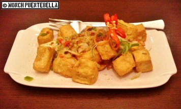 Salt and Pepper Tofu (P130): Rather simple dish of fried tofu seasoned with salt and pepper.