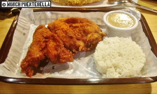 Crispy Large Chicken (P180 / with rice and drink): Hot Star's famous chicken fillet sans flavoring.