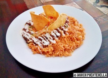 Chili Con Carne (P295): A combination of beef and beans cooked in spicy sauce, served with Mexican rice and tortilla chips.