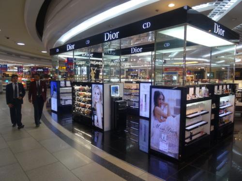 delhi airport dior
