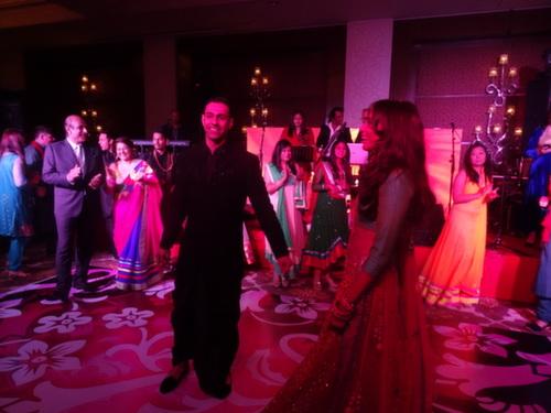 delhi couple happy
