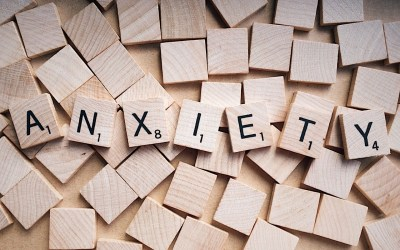 What are the symptoms of anxiety?