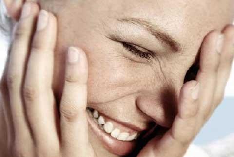 women-laughing2