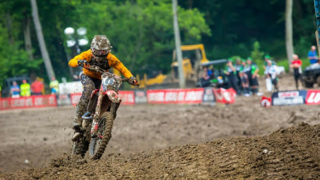 Roczen Closes Out AMA Pro Motocross Season With Podium Finish, Sportsman of the Year Honors