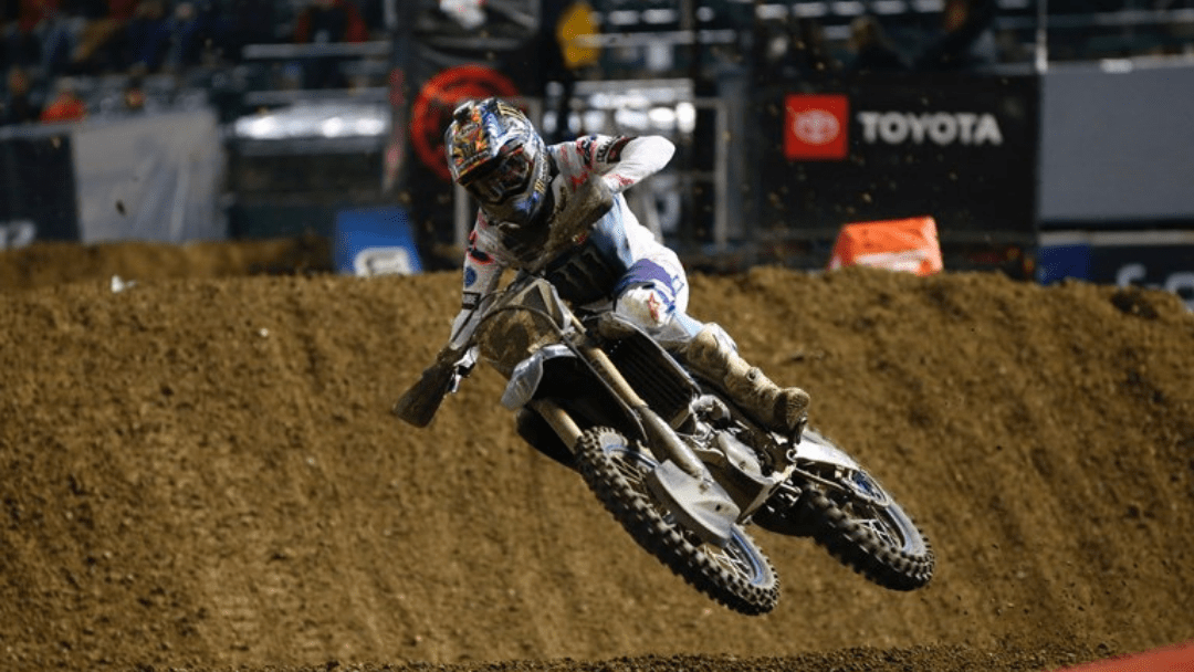 Barcia and Plessinger Fight for Points At Oakland