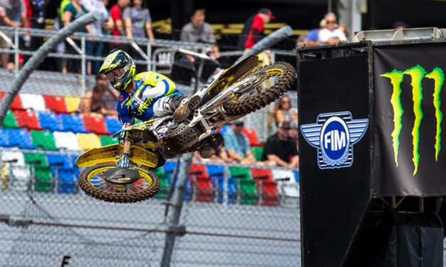 STRONG RACING FROM SUZUKI AT DAYTONA SX 10TH ROUND