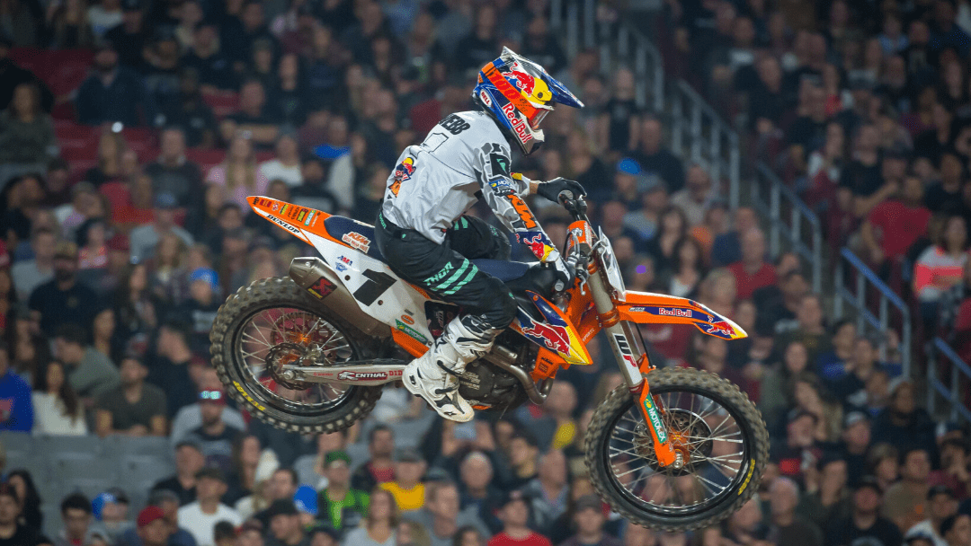 WEBB SECURES A TOP-FIVE FINISH AT GLENDALE SX TRIPLE CROWN