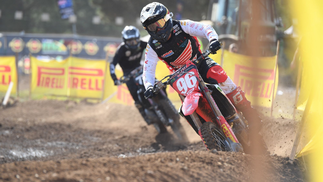 Webster Dominates Pirelli MX2 At Canberra