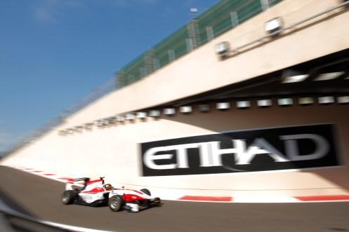 Kirchhöfer takes Abu Dhabi pole. © Zak Mauger/GP3 Series Media Service.