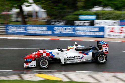 2 Jake Dennis (GBR, Prema Powerteam, Dallara F312 – Mercedes-Benz),