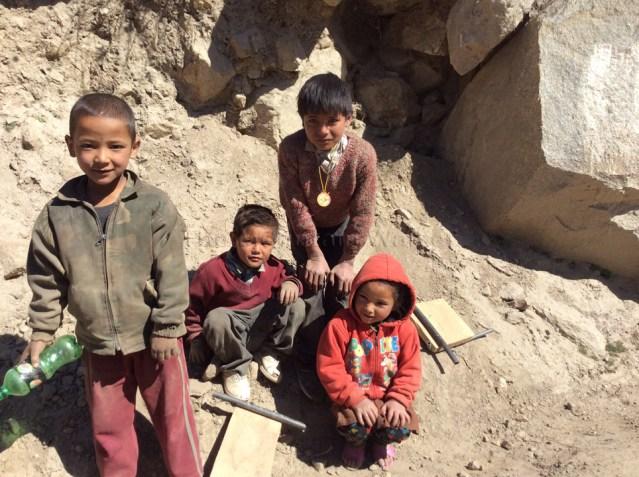 Sangla Kids 01