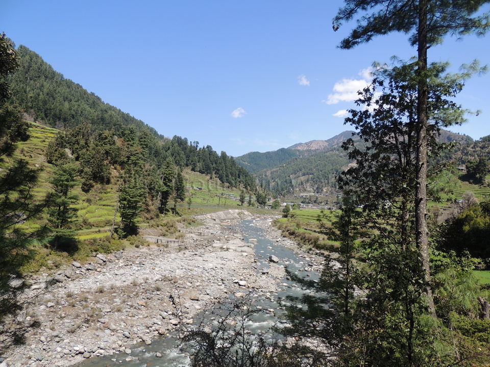 Being welcomed by the Uhl river into the beautiful Barot valley; Photo: Abhishek Kaushal