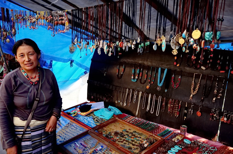 Trinkets and jewellery are a perennial favourite for shoppers. Photo: Milind Date.