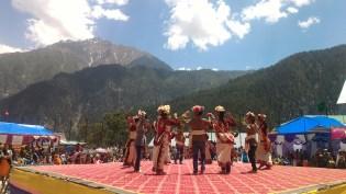 School children dancing to local tunes; Photo: Abhinav Kaushal