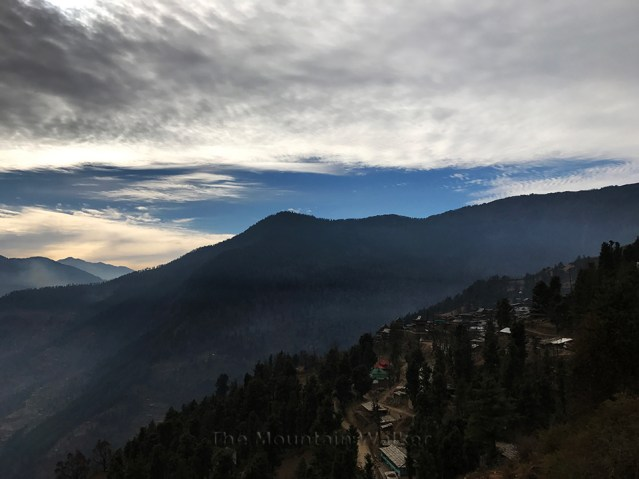 wm-retreating-to-rohru-01