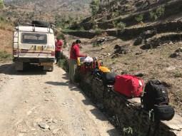 Getting down from the vehicle upon reaching Mahrora village; Photo: Abhinav Kaushal