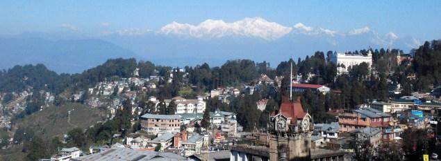 Kanchenjunga Massif seen from Darjeeling; Photo: Swarjit Samajpati