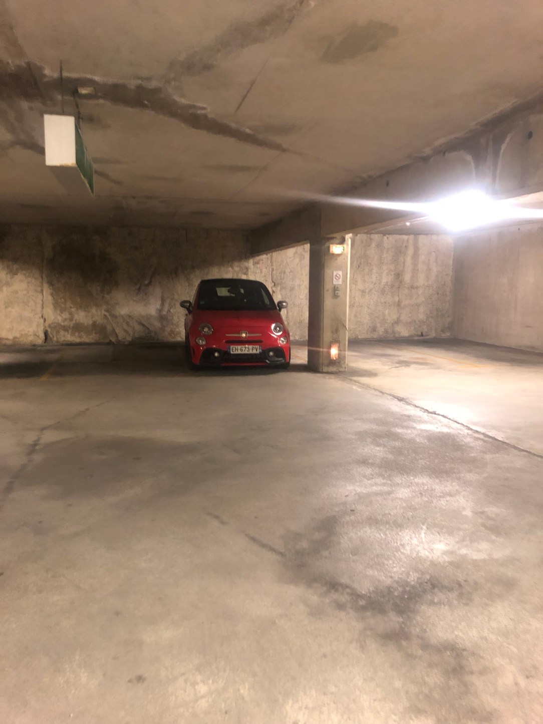 Parking Magali TheMouse quinqua