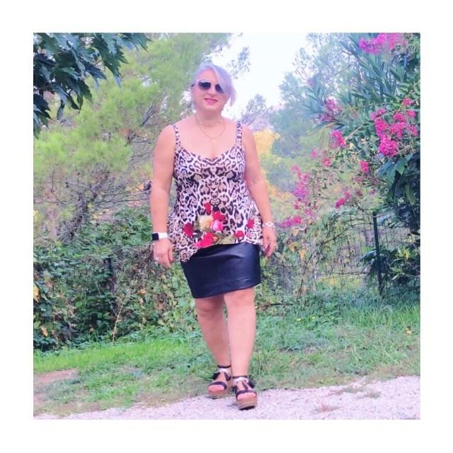 Idée look, Fashion, 50 ans, quinqua, mode, tendances, léopard, fleur, tigresse
