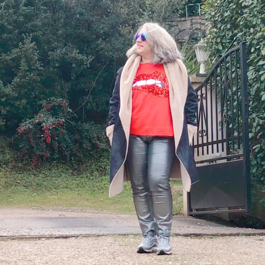 50 ans, mode Quinqua, teambeautesmajuscules, tendances, look, quinqua, les georgettes, apple, idee look, bleu d'azur, Fashion, Mode, port vauban, antibes, calzedonia,
