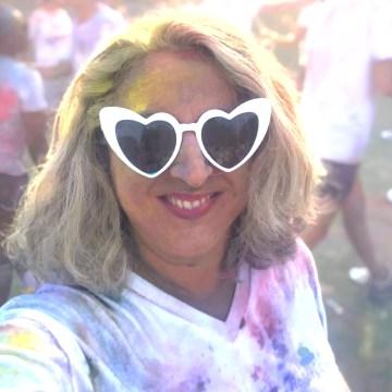 50 and fabulous, color party, on veut du vrai, happy quinqua, le ridicule ne tue pas, color run, color, happy silver, holiday green, quinqua, silverhair, 50ansetalors, la vie en couleurs, modele senior silver curve, silver,
