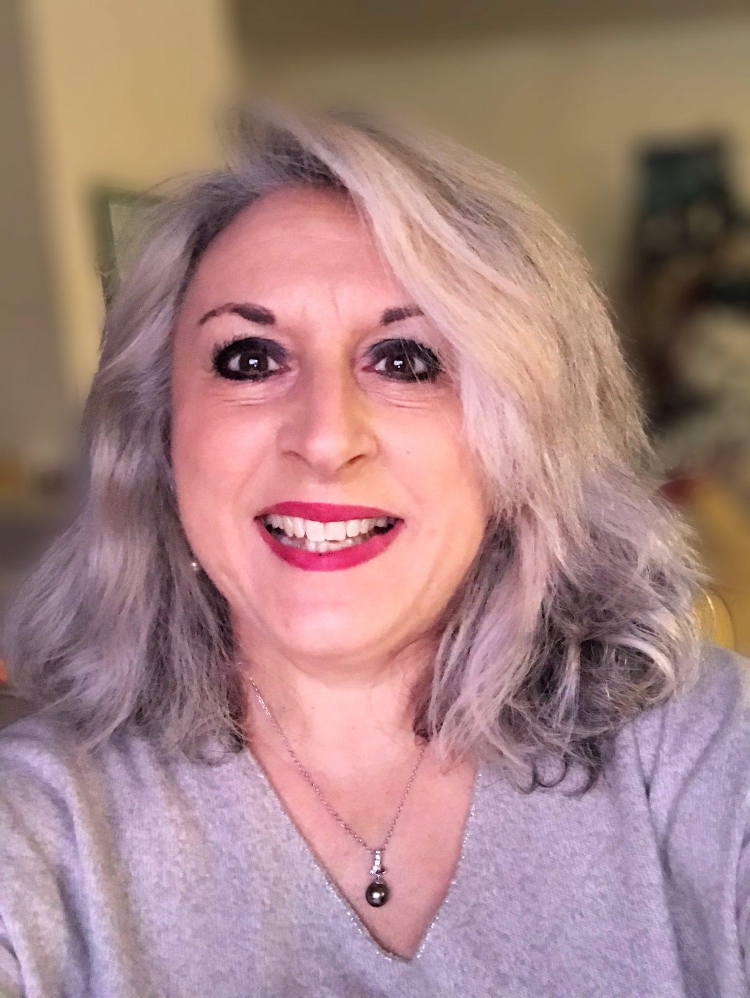 Nuances de gris en smoky Eye… 2 astuces maquillage!