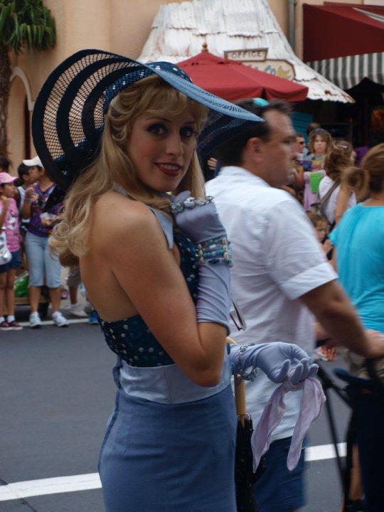 Honey Darling Disney