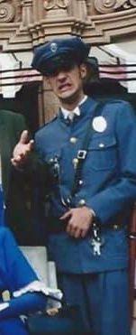 Simon Vincible Cop