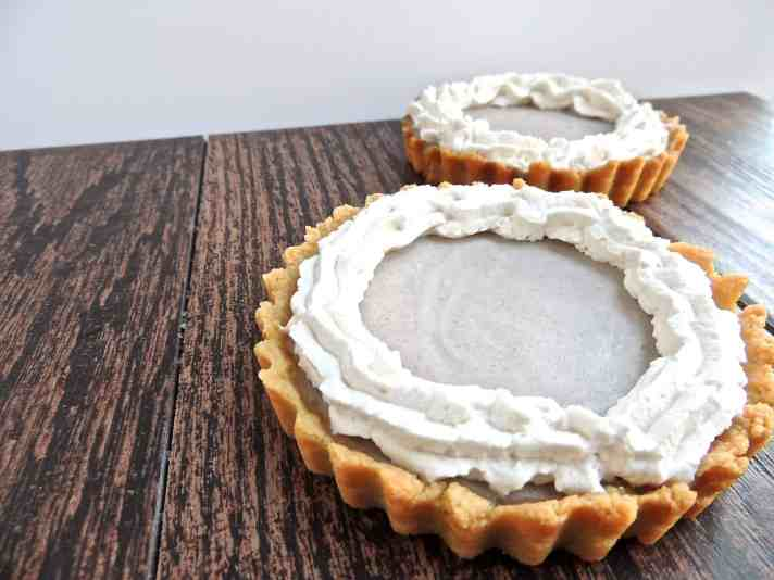 Banana Cream Mini Pies