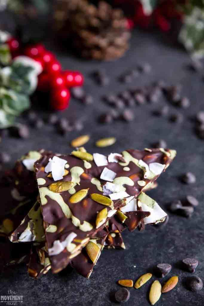Easy and healthy holiday bark recipe. Paleo chocolate holiday bark. Low carb paleo bark recipe. Dairy free, healthy holiday bark recipe. Sugar free bark recipe!
