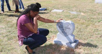Shania Gray Headstone