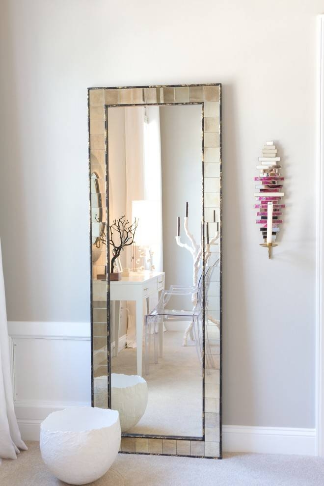 15 Collection of Wall Mounted Mirrors for Bedroom on Mirrors Next To Bed  id=80169