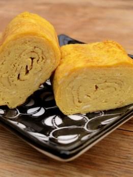 Tamagoyaki 卵焼き (Rolled Omelette)