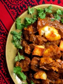 """Gosht Shahajani (Rich Lamb Curry with """"Roast"""" Potatoes)"""