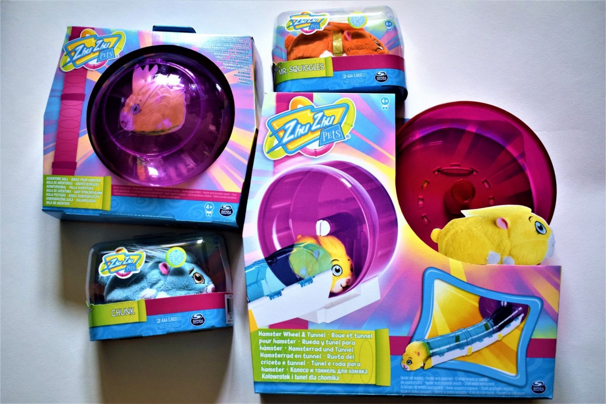 Zhu Zhu Pet hamsters Chunk and Mr Squiggles, Adventure Ball and Hamster Wheel and Tunnel