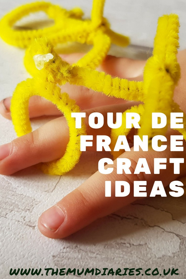 Selection of craft ideas inspired by the Tour De France. Featuring a pretty great Pipe Cleaner Finger Bike great for races!