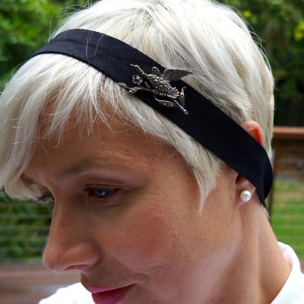 Brooch - headband