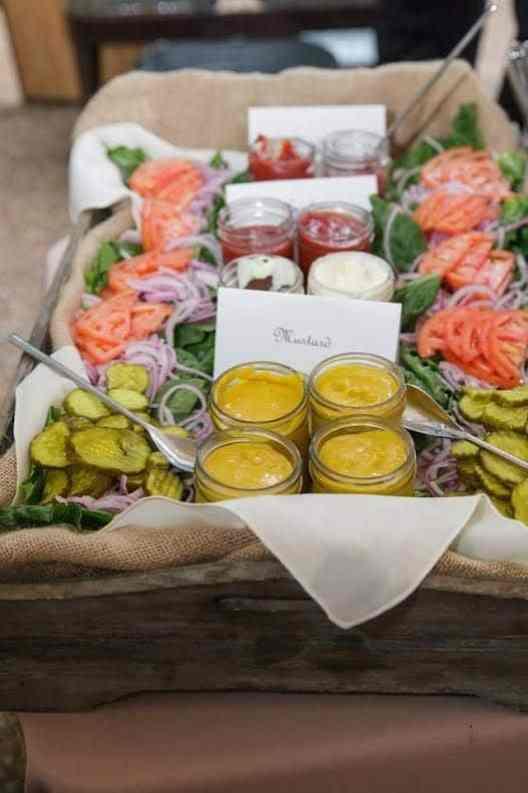 Summer Party Ideas | Burger Bar #gardenparty
