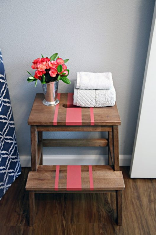 13 Awesome IKEA bathroom hacks that will save you a ton a money! #bathroom #ikeahacks #ikea