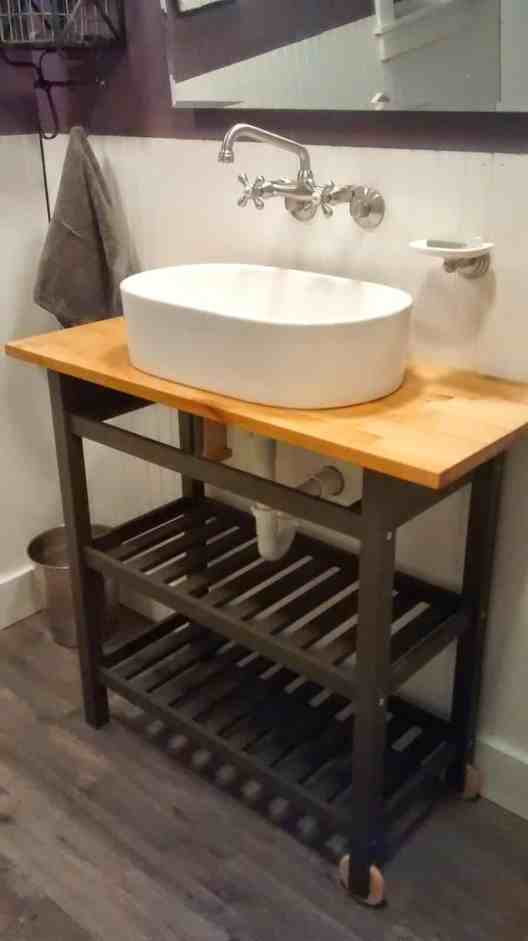 13 Awesome IKEA bathroom hacks that will save you a ton a money! #bathroom #ikeahacks #ikea #diy #homedecor