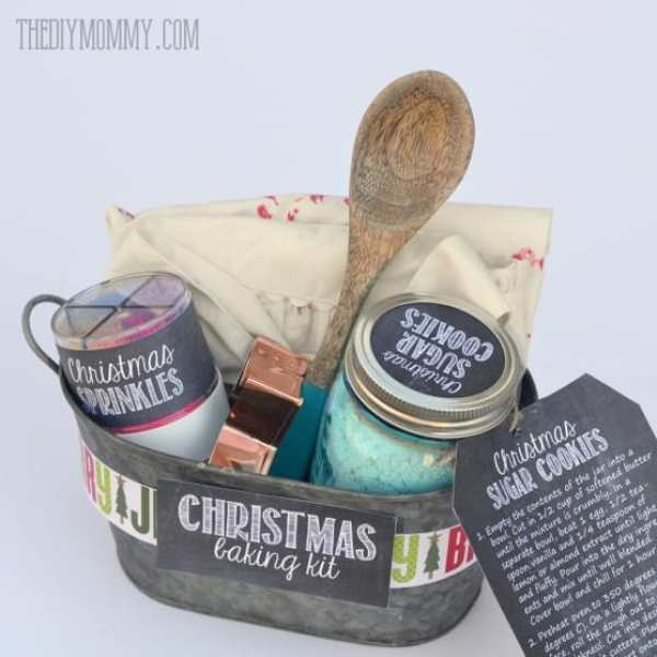 24 DIY Christmas Gifts That Your Friends Would Love To Get This Year | Handmade Christmas Gift Ideas | Inexpensive DIY Gift Ideas | Christmas Gift Ideas | Best Handmade Gifts Via: https://themummyfront.com #diychristmasgifts #themummyfront #handmadegifts