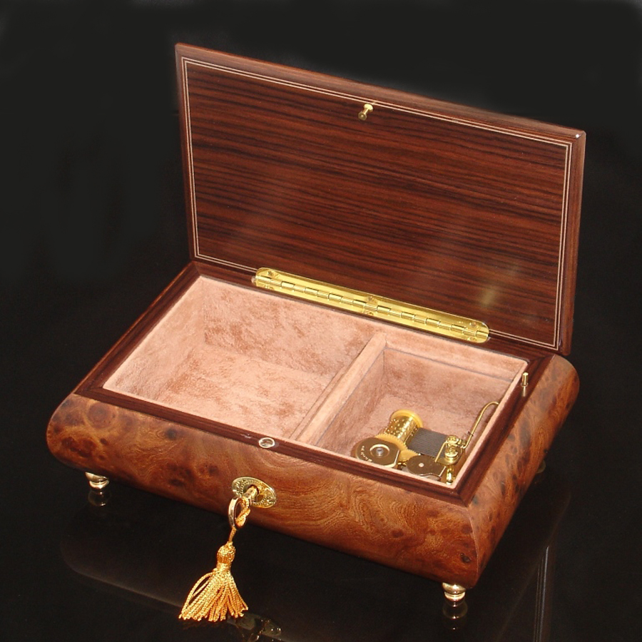 Italian Inlaid Musical Jewelry Box 02CVM Olmo opened no cover