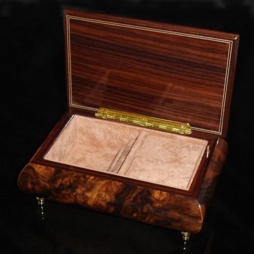 Italian Jewelry Box Walnut 04CVM opened