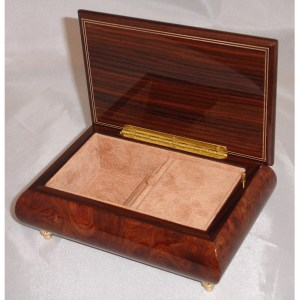 Italian Jewelry Box Butterfly Elm 62 opened