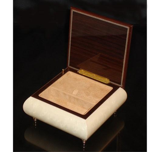Italian Jewelry Box Heart 69CH White opened