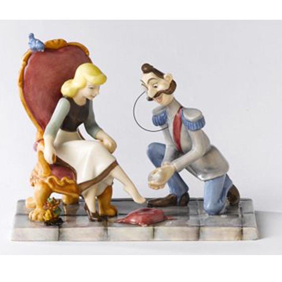 Cinderella-Slipper-Royal-Doulton