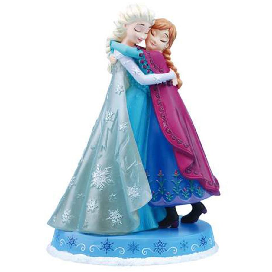 Elsa-and-Anna-Hugging