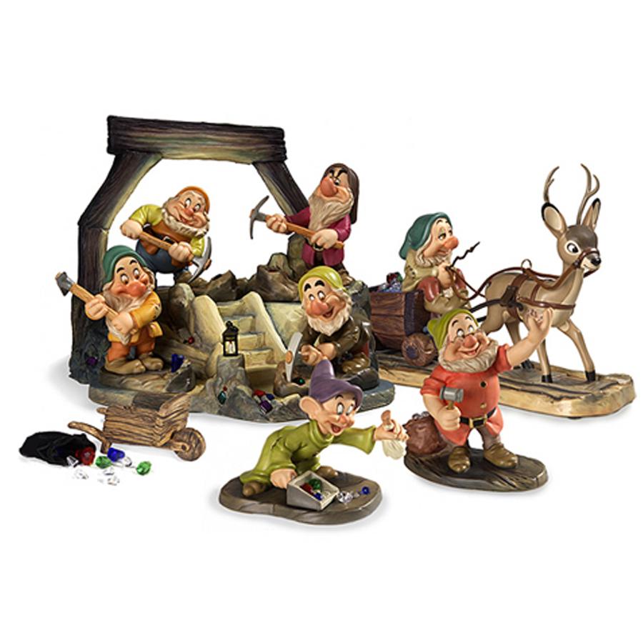 Jewel Mine Base Disney Classics figurine