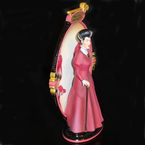Lady-Tremaine-plate-side-view