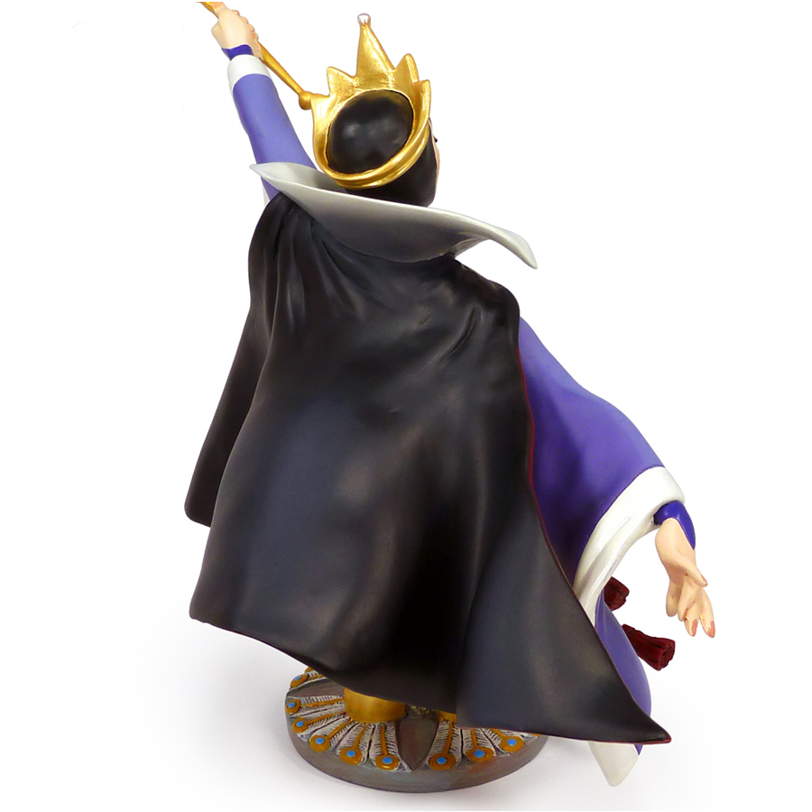 Evil-Queen-figurine-by-Grand-Jester-back-view